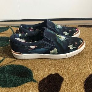 Ted Baker Malbec 2 Floral Slip On Sneakers